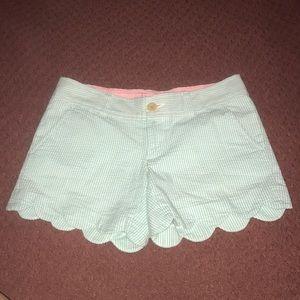 Lily Pulitzer seersucker scalloped shorts